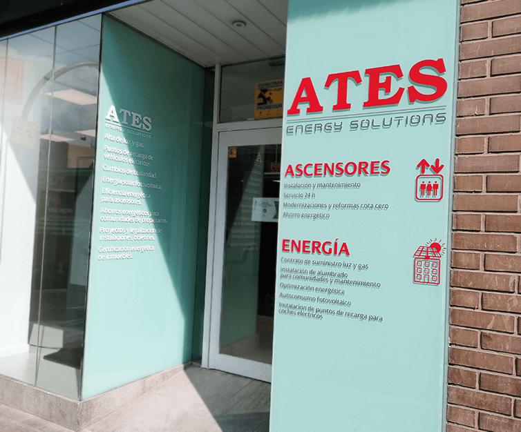 Publicidad-exterior-impresión-vinilos-local-ATES